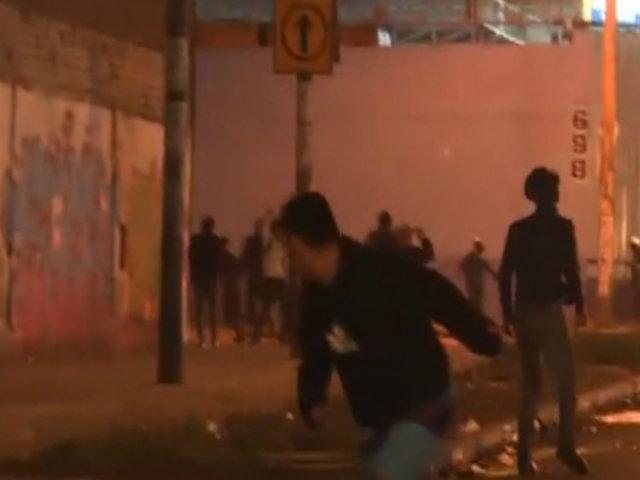 Presuntos barristas de Cristal y Alianza Lima se enfrentaron a las afueras de Matute