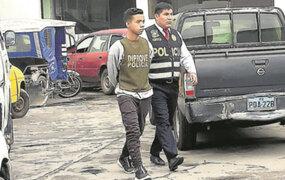 """Ate: """"Los Injertos de Huaycán"""" robaron camioneta  de la Dircote"""