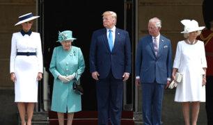 Reina Isabel II recibe a Donald Trump en Palacio de Buckingham
