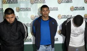 Cercado de Lima: detienen a presuntos raqueteros en auto robado