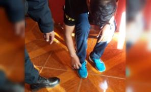 Agente del INPE es descubierto ingresando al penal con droga dentro de sus zapatillas