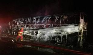 Tacna: bus interprovincial se incendió en la Panamericana Sur