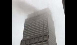 EEUU: helicóptero se estrella con rascacielos en el centro de Manhattan