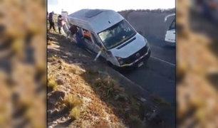 Arequipa: cuatro muertos dejó choque entre  camión y minivan