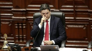 Salaverry presentó nuevo recurso para evitar ser suspendido del Congreso