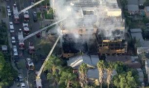 Estados Unidos: edificio de más de 50 años se incendió en Hollywood