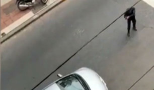 Argentina: policía se enfrentó solo y detuvo a delincuentes en auto