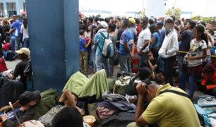 Miles de familias venezolanas llegan a Perú por la frontera con Ecuador