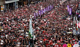 Hong Kong: miles salen a las calles para pedir retiro de ley de extradición a China