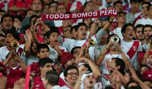 Perú-Bolivia: hinchada peruana acompañó a la Selección dentro y fuera del país