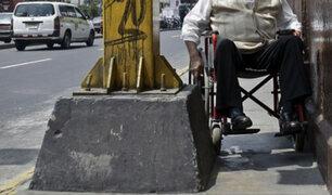 Avenida Tacna: estrechas veredas impiden libre tránsito de los peatones