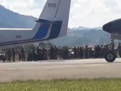 Junín: militar sufre accidente durante exhibición de paracaidismo