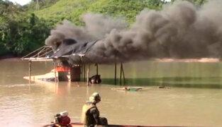 Huánuco: policía destruye dragas utilizadas por mineros ilegales