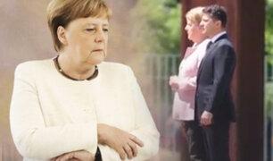 Alemania: Angela Merkel tiembla nuevamente durante un acto oficial