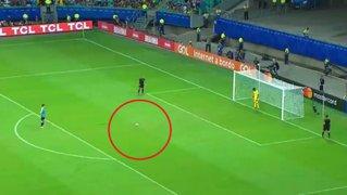 VIDEO: Gallese y la espectacular atajada en penal de Luis Suárez
