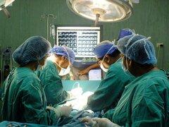 INSN: proeza médica salva la vida de un adolescente
