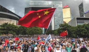 Hong Kong: miles salen a las calles para respaldar a la policía