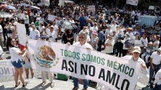 México: multitudinarias marchas contra el presidente López Obrador