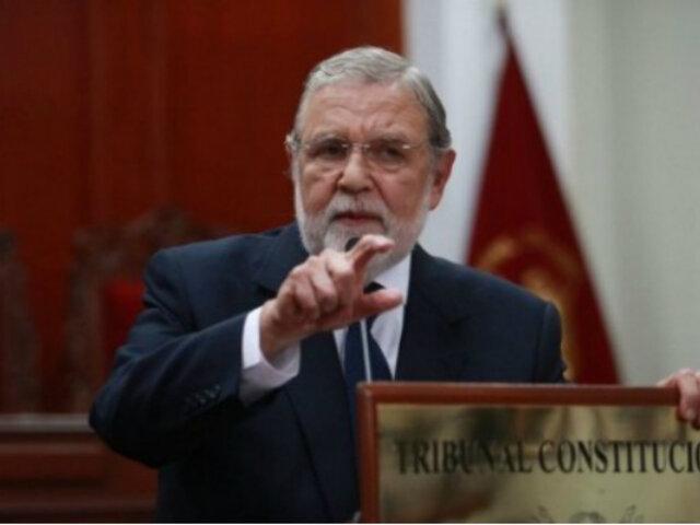 Blume: Presidente Vizcarra no puede imponer al Congreso el contenido de una reforma