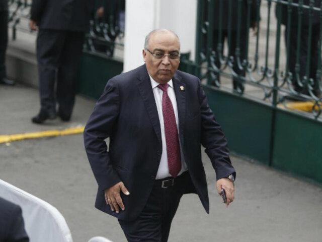 Francisco Villavicencio renuncia de forma irrevocable a bancada de Fuerza Popular