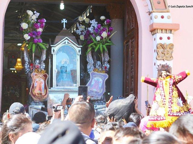 Cañete: cientos participan en peregrinación del señor de Cachuy