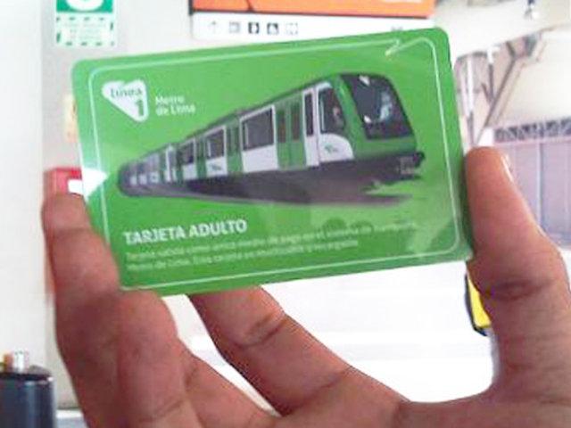 Mafia de tarjetas: revendedores aprovechar demora en recarga en Metro de Lima
