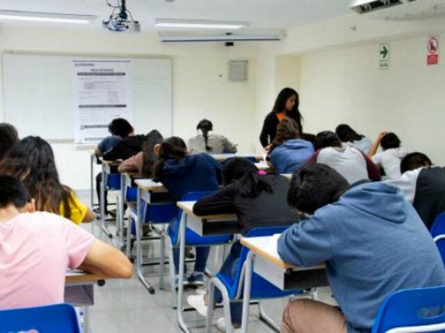 Congreso: plantean bachillerato automático para universitarios