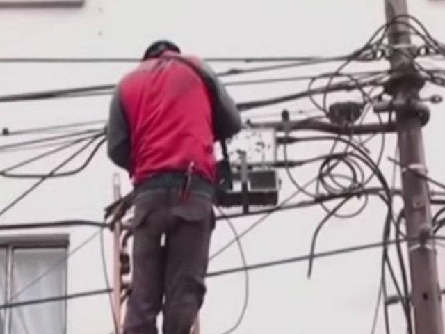 Surquillo: cables aéreos en desuso depende de los municipios