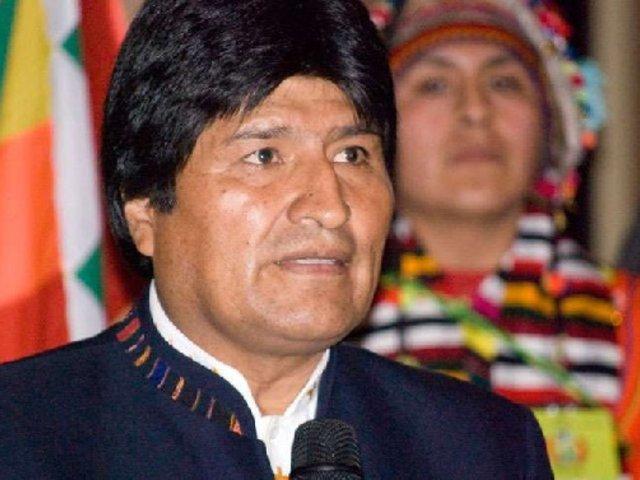 Evo Morales afirma estar consternado por la muerte de ministro Huerta
