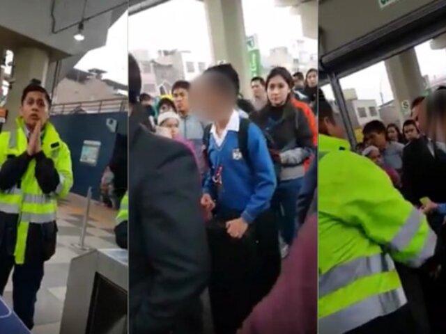 Metro de Lima: trabajador impide ingreso a escolar por llevar instrumento musical