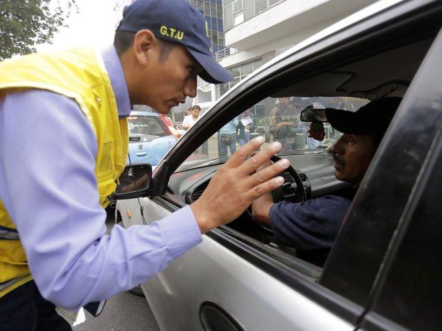 Miraflores: chofer agredió a trabajador municipal para evitar fiscalización