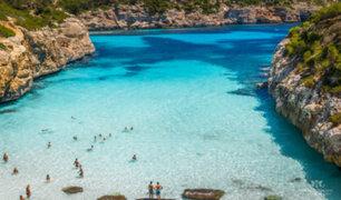 España: mujer fallece aplastada por roca gigante mientras paseaba por Mallorca