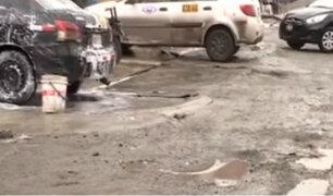 Comas: clausuran lavaderos de carros que dañaban la Av. Universitaria