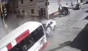 Ayacucho: exceso de velocidad causó terrible choque entre auto y cúster