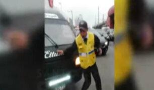 Chofer de combi informal que intentó atropellar a inspector también lo habría golpeado