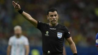 ¿Qué dijo el árbitro chileno Roberto Tovar sobre el penal de Zambrano?