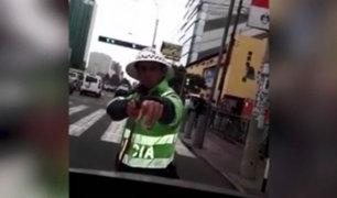 San Isidro: policía de tránsito apuntó a chofer que se resistió a intervención