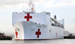 """Buque hospital USNS """"Comfort"""" llegó al puerto del Callao"""