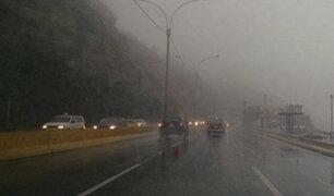 Intensa llovizna en Lima se prolongó por varias horas
