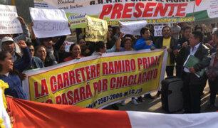 Chaclacayo: vecinos y policías se enfrentan por obras de autopista Ramiro Prialé