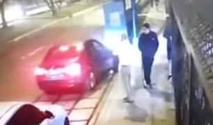 Surco: vecinos son asaltados en su propio garaje