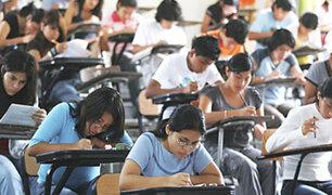 Presentan iniciativa para que proceso de titulación en universidades públicas sea gratuito