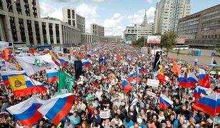 Rusia: miles de personas salen a las calles para exigir elecciones libres