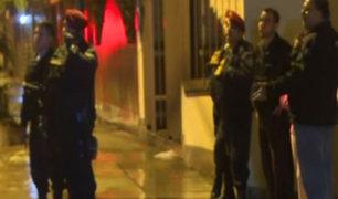 Surco: gran despliegue policial por presunto robo en casa
