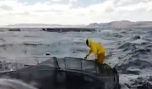 Puno: vientos huracanados causan oleajes anómalos en el lago Titicaca