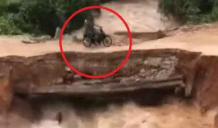 Camboya: dos hombres en moto caen a río tras colapso de puente