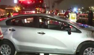 Conductor volcó su vehículo y se dio a la fuga en la Panamericana Sur