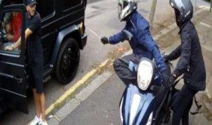 Reino Unido: intentan robar auto de Mezut Özil, quien fue salvado por su compañero