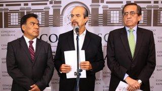 APRA pide renuncia de Vizcarra y Aráoz para convocar a elecciones en 2020