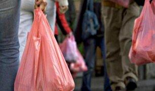 A partir de este jueves las tiendas cobrarán por las bolsas de plástico